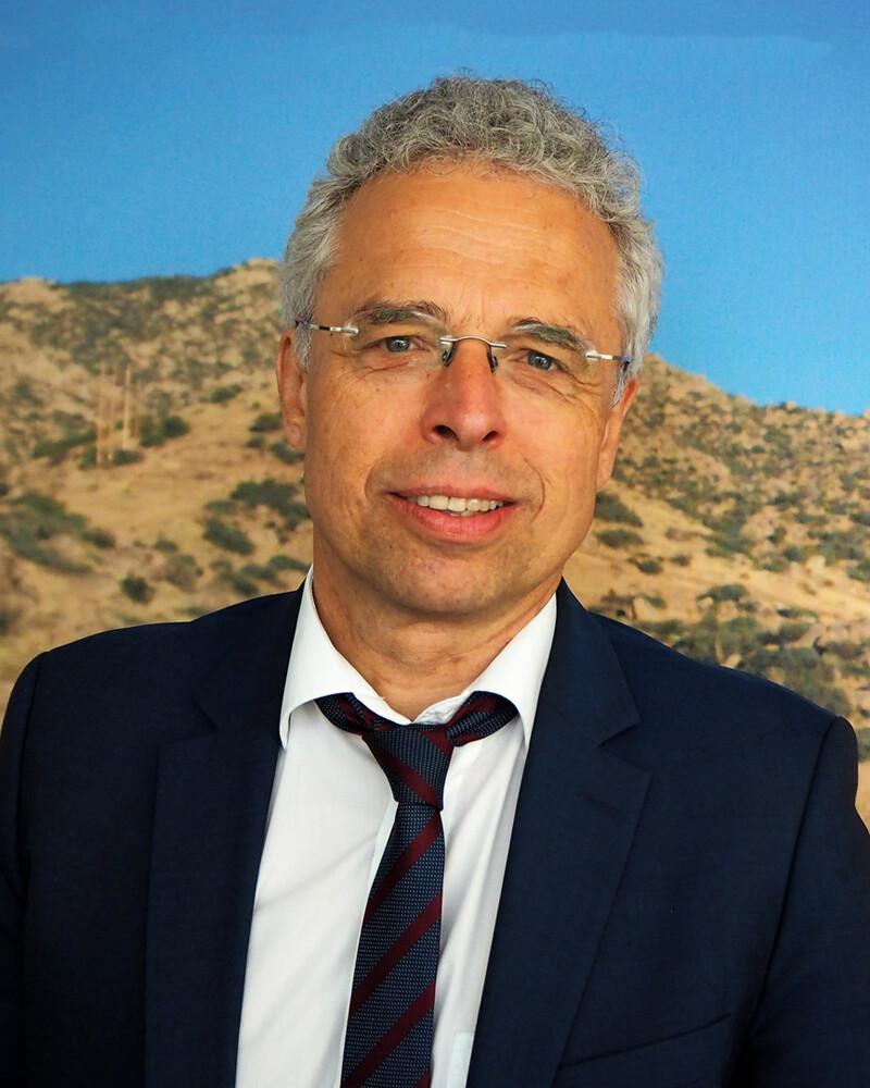 Dr. Anton Frank
